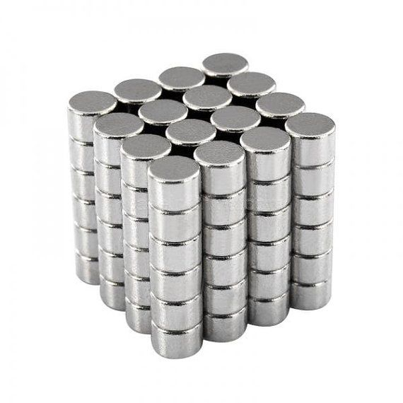 300pcs (3x3mm) N50 Neodymium Disc Magnets Rare Earth Magnets - Super Strong Small Magnets - Fridge Scientific Industrial Craft Magnets