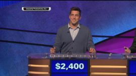 Aaron Rodgers wins his episode of Celebrity Jeopardy - Yahoo