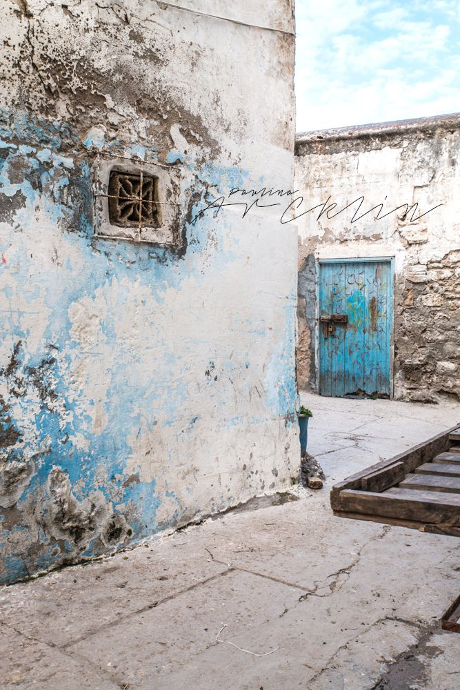© Paulina Arcklin   MOROCCAN COLORS & SURFACES - TURQUOISE & BLUE