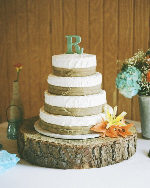 burlap wedding cake decorations best 25 burlap wedding cakes ideas on country 12256