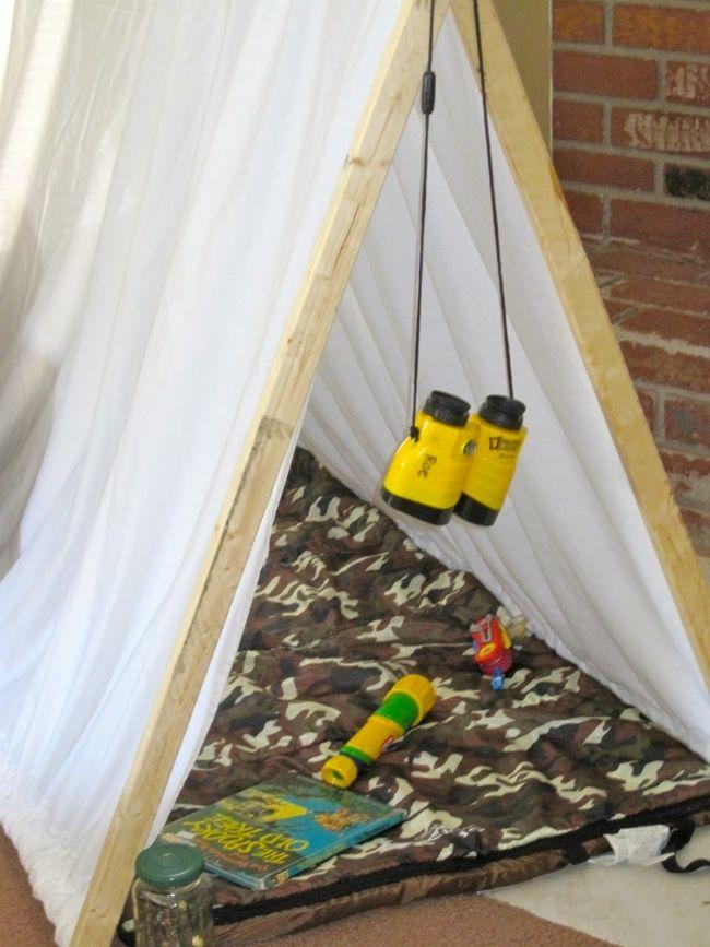 [Inspiration] Boys Backyard Camping Party! - Spaceships and Laser Beams
