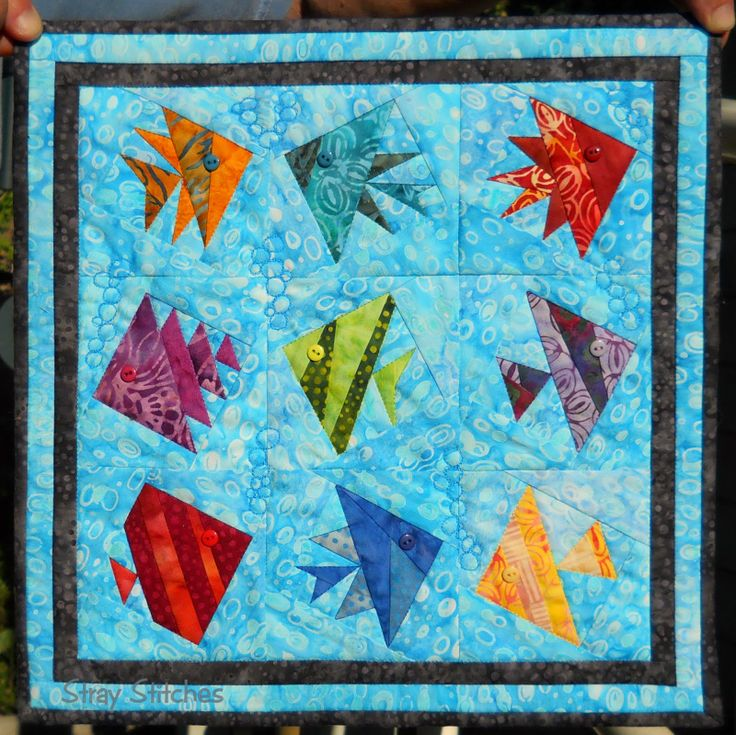 Free Pieced Baby Quilt Patterns : 25+ best ideas about Fish quilt on Pinterest Patchwork patterns, Baby quilt patterns and Scrap ...
