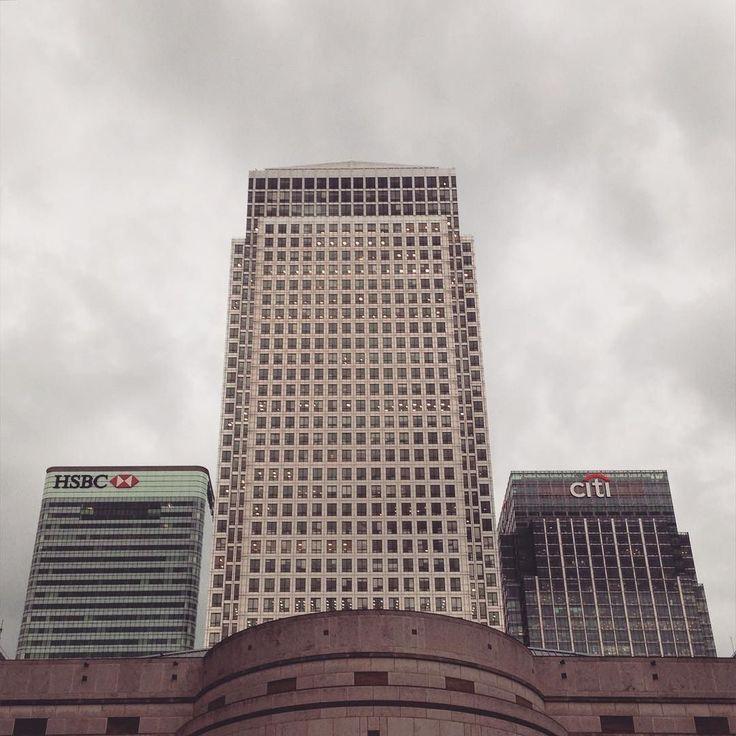 #canarywharf #sunday #hsbc #london #rain  #grey by nieponazwisku