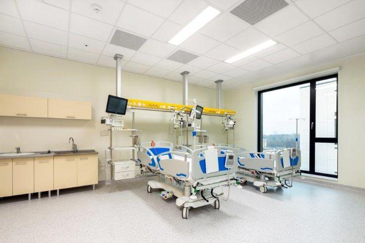 Szpital Pediatryczny WUM, Armstrong, sufity podwieszane, sufit akustyczny, acoustic, ceiling, służba zdrowia