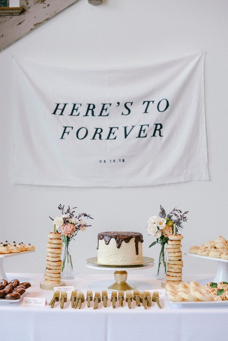 Photography : Finch and Farrow Read More on SMP: http://www.stylemepretty.com/2015/06/26/modern-fresh-industrial-south-carolina-wedding/