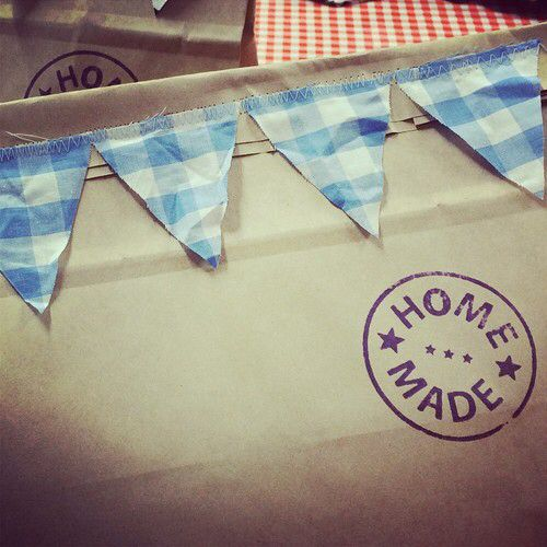 Bunting flag on bag for Fathers' day gift