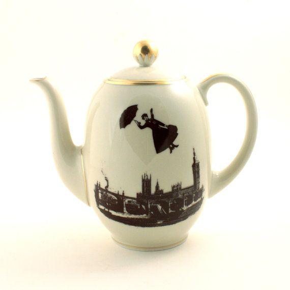 Mary Poppins redessiné Vintage théière porcelaine cafetière Nanny thé café Moovie Big Ben Londres Angleterre blanc brun romantique