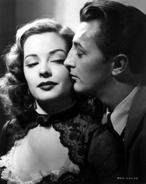 Shut up and deal: Out of the Past: the ultimate film noir?