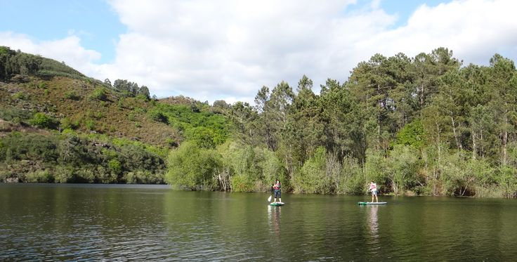 Stand Up Paddle Tour in Gerês | full-day tour from 85€ | Keen Tours