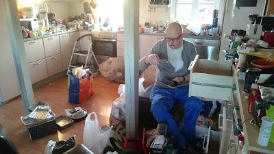 Mit hundeliv med Vaks.: Tømreren er færdig... / The carpenter is done... Read more..