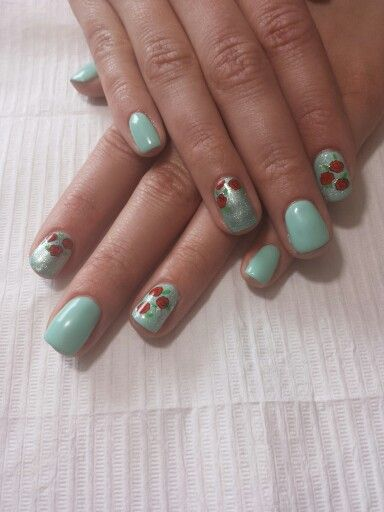 Gel polish and hand painting flowers!