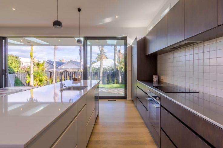 A massive kitchen designed by Tony Pilkington from Sketch Architecture #ADNZ #architecture #kitchen
