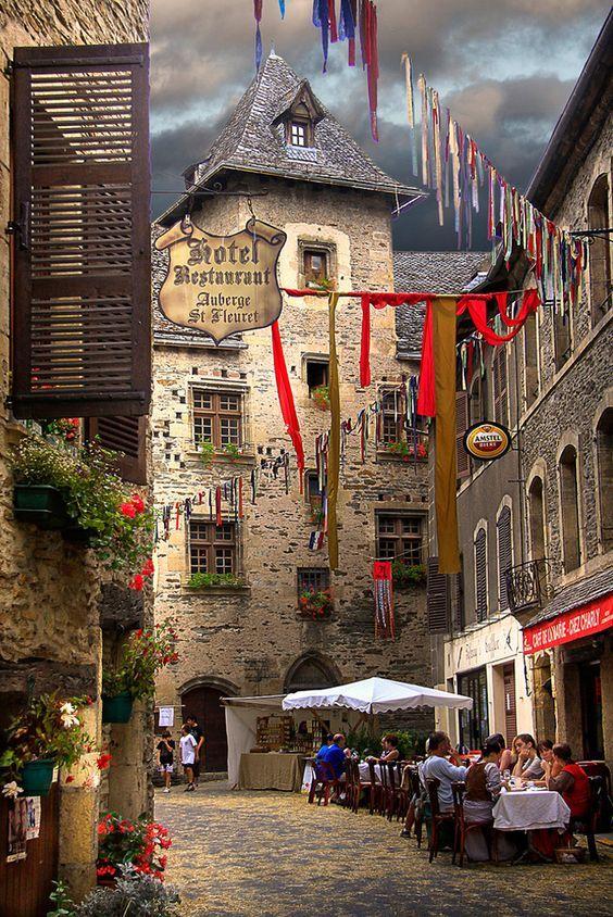 Village d'Estaing, Aveyron