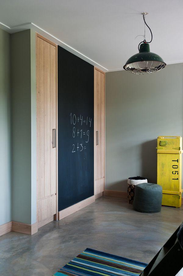 Wow, strakke inbouwkast #Jongenskamer #boysroom | Jolanda Kruse via behance