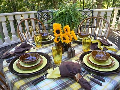 brown and yellow: Dinners Tablescapes