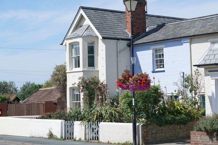 The Corner Cottage | Best of Suffolk