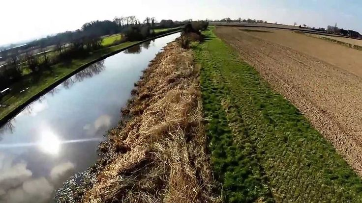 This video is from 3 flights around Swarkestone Lock and Lowes Lane, South Derbyshire. Shot on the GoPro Hero 3+ Silver, 1080p 60 fps.