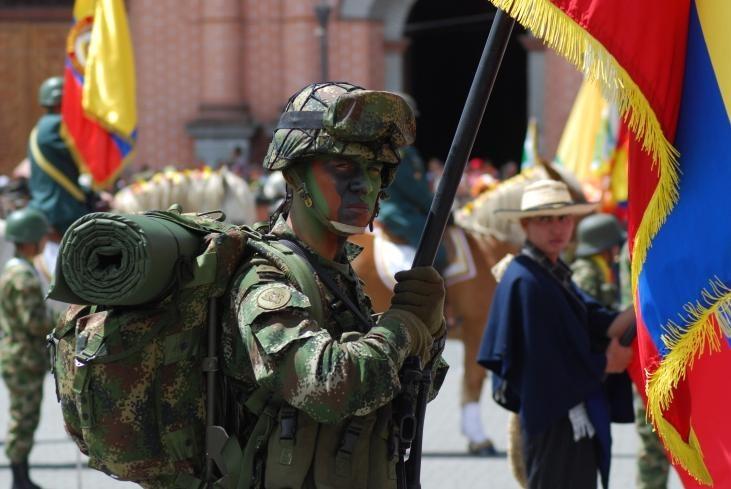 Desfile militar del 20 de Julio en Ipiales Nariño