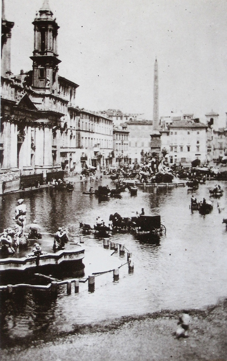 Piazza Navona w. drains of the Fontana dei Quattro Fiumi blocked (Rome, Italy)