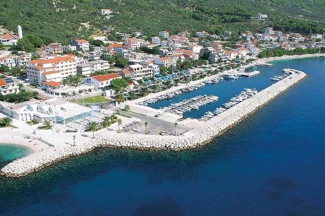http://www.turystyka24.net/chorwacja/tucepi Tucepi w Chorwacji