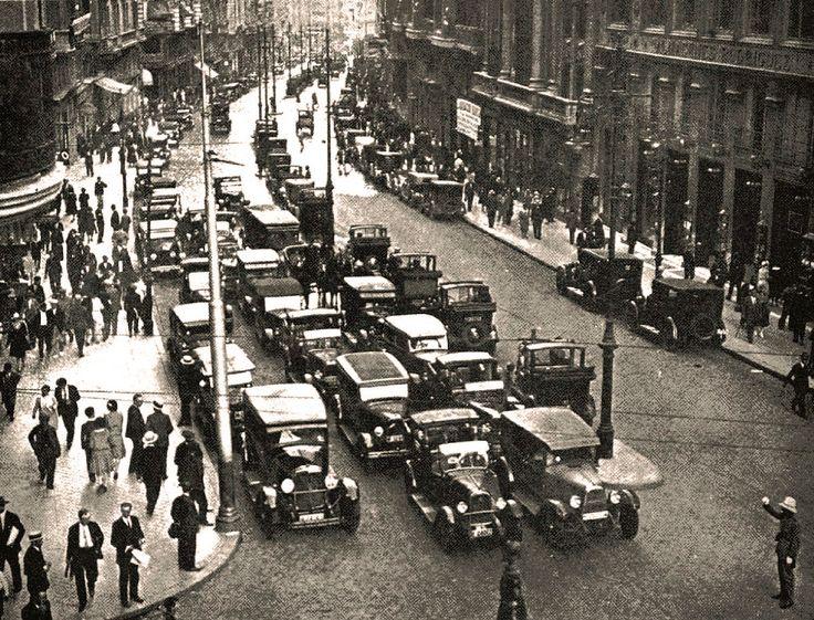 Tráfico en la Avenida de conde de Peñalver (actual, Gran Vía) - Ayuntamiento de Madrid, 1929 - Portal Fuenterrebollo