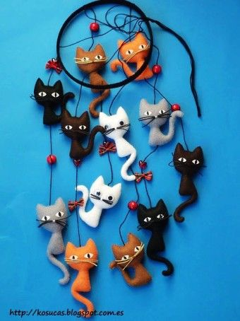 DIY felt owl animal baby mobiles with star and trees - kids crafts, homemade baby mobile - LoveItSoMuch.com