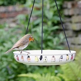 Marjolein Bastin Hanging Water Dish - water dish - bird drinker - Small garden birds need a regular supply of fresh drinking water, particularly if they are eating seeds. Birds are at their most vulnerable to predators when bathing, so they are less at risk from surprise attack if you situate the bird bath at least two metres from cover.
