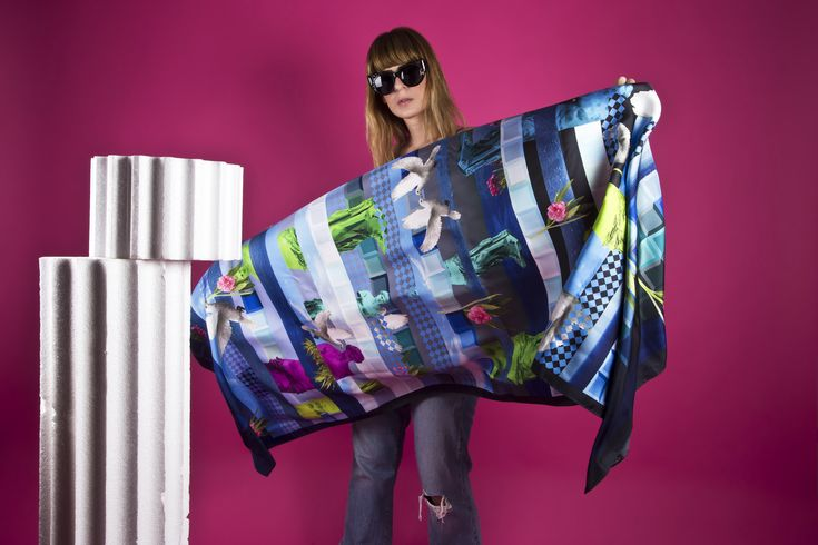 A Totem Für Elita scarves ... read the exclusive interview with the Greek Designer now on Delphi Reclaimed!