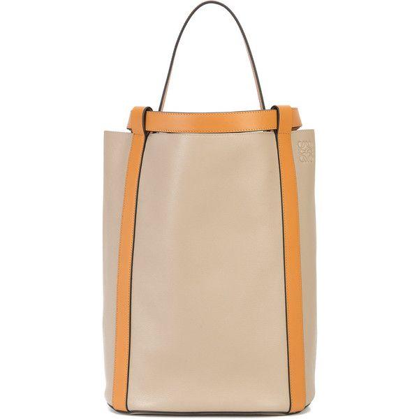 Loewe Hammock backpack ($3,000) ❤ liked on Polyvore featuring bags, backpacks, brown, loewe, day pack backpack, daypack bag, beige backpack and rucksack bags