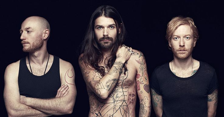 Biffy Clyro - My new favourite band. They blow my mind xxx