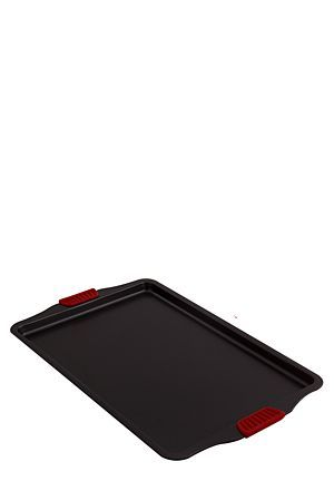 Non-stick carbon steel cookie tray with removable silicone handles, a useful baking basic for when you are wanting to top up the cookie jar. <BR>