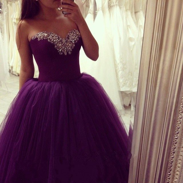 Ball Gown Prom Dresses Sweetheart Sleeveless Lace Up