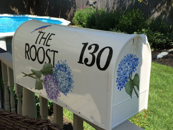 Hand painted mailbox custom ordered with by DaisyCustomPainting