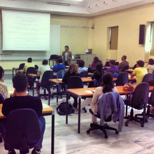 clases de fotografía en el CFP de la universidad de Sevilla