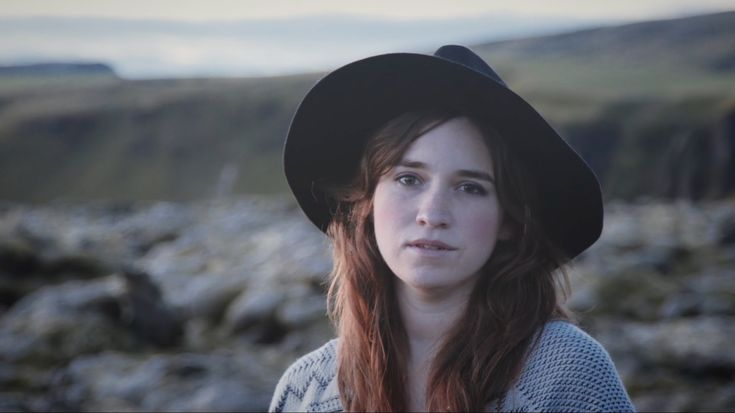 Death Cap | Reina del Cid. Love finding great artist. But makes it a little more special when its a Minnesota raised artist. This is damn good.. :)