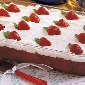 Frosted Strawberry Jello Salad