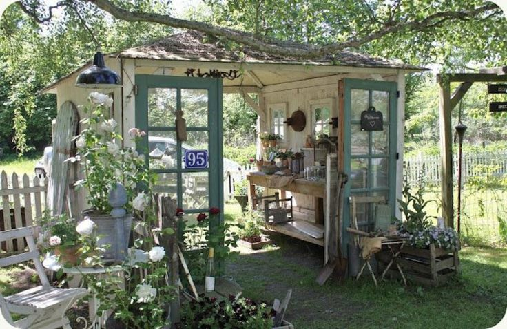 Awesome shed: Blue Doors, Gardens Houses, Old Window, Backyard Oasis, Outdoor Gardens, Old Doors, Pots Sheds, Pots Benches, Gardens Sheds