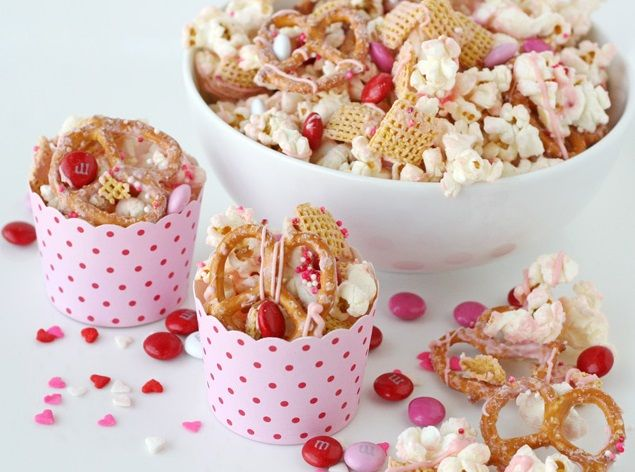 Sweet Valentine's Day Treats to Bring to the Office | thegoodstuff
