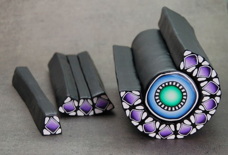 This would make a lovely centre point on polymer clay soutache