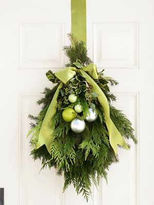 Christmas, mixed green, door swag, wreath, ribbonHoliday Wreaths, Doors Swag, Doors Decor, Green Christmas, Christmas Decorations, Christmas Doors, Front Doors, Doors Hanging, Holiday Decor