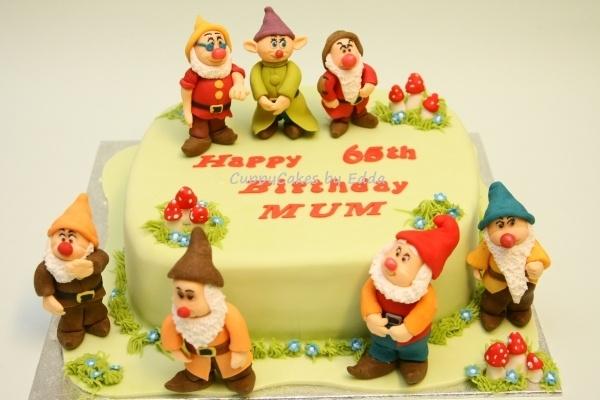 The 7 Dwarfs Cake