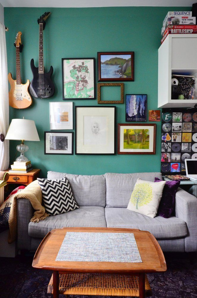 a comfy colorful mix 330 square feet in the east village
