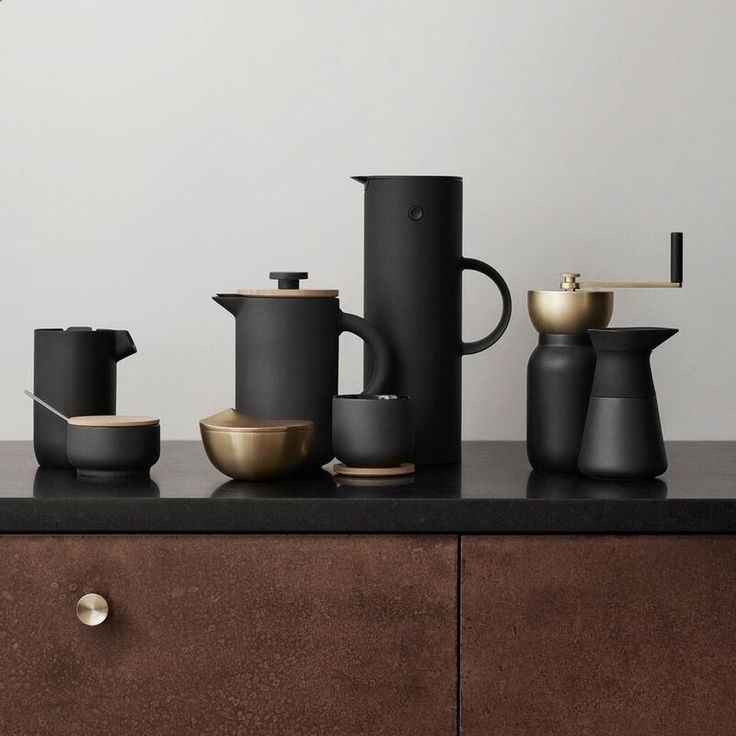 A new addition to the award winning Stelton Theo collection design by Francis Cayouette. The Theo french press coffee maker combines Scandinavian and Asian ultures in a sophisticated way. The beautiful contrasts have been designed to stimulate the senses with the matt black stoneware and shiny internal black glaze, the lid is wooden giving a modern rustic, yet elegant feel to this simple designed coffee press. There is an intergrated drop - free function in the lid to avoid any unneces...