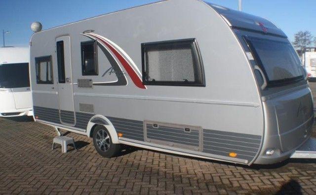 BURSTNER AVERSO TOP 475 `TL 2 APARTE BEDDEN uit 2014 te koop op CampersCaravans.nl