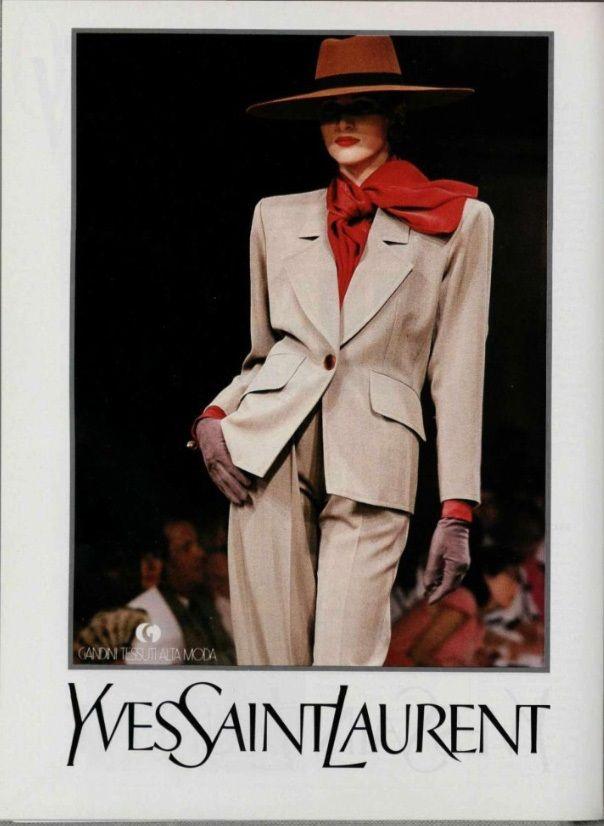 1989-90 - #YvesSaintLaurent Haute Couture #Mode #lamodevintage http://www.la-mode-vintage.com/