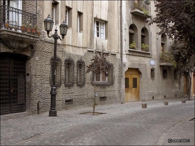 Calle Paris Londres - Chile