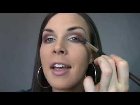 Cómo hacer el mejor maquillaje de ojos ahumado paso a paso