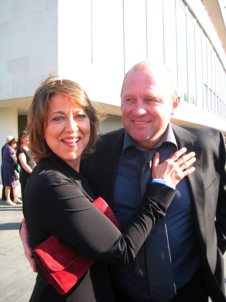 Nicola Walker & Peter Firth via Twitter @Born_Spook