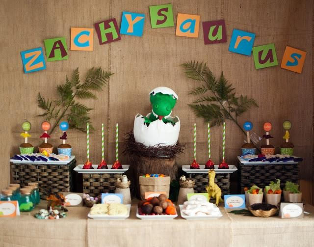 """A Super Cute Dinosaur Themed Birthday """"Zachysaurus"""" by It's a Cake Thing by Jhoanee. - Paperblog"""