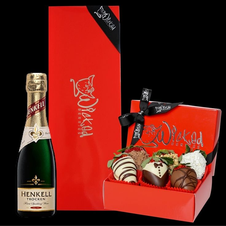 CHEERS TO YOU! This gorgeous gift box of delicious chocolate dipped strawberries and piccolo of Henkell is the perfect gift for any occasion.